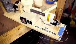 Filastruder-Filament-Extruder-3D-Printing