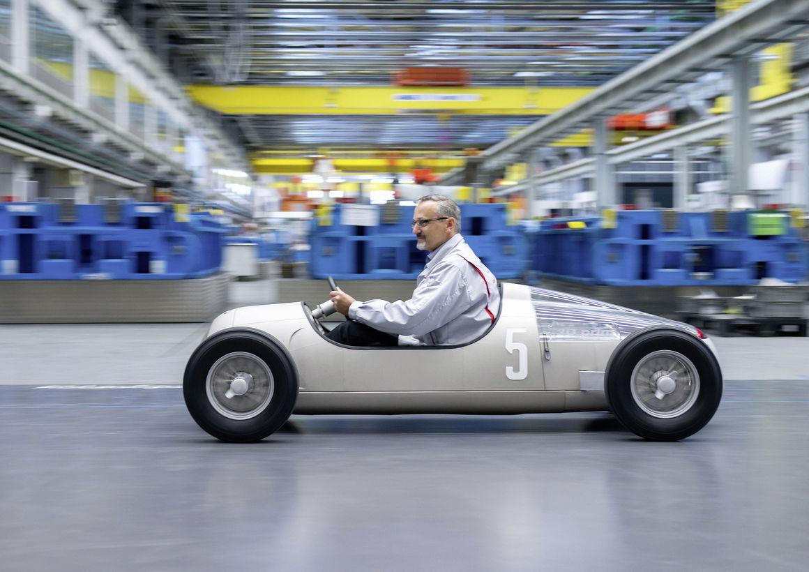 Audi plant einsatz von metall 3d druckern in - Voiture autocad ...