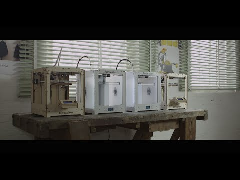 World's First 3D Printed Dress by XYZ Workshop - Ultimaker: 3D Printing Story