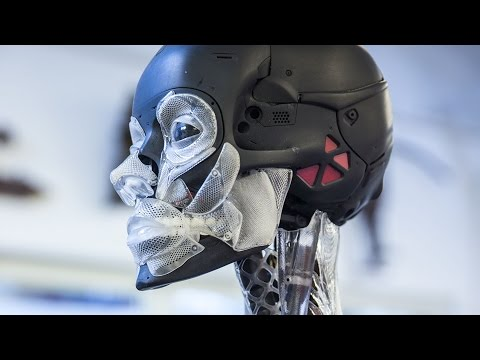 How Weta Workshop Made Ghost in the Shell's Robot Skeleton!