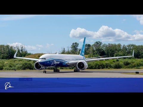 Boeing's 777X | The GE9X Engine, Wings and Fuselage