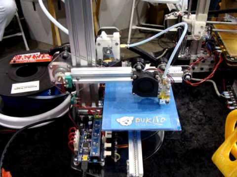 Very Portable 3D Printer: Bukito and brother Bukobot