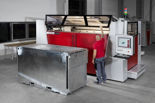 3D-Drucker mit Bediener und Jobbox