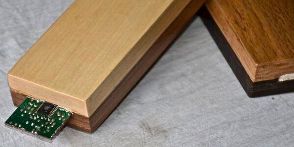 4 axyz holz m bel aus dem 3d drucker. Black Bedroom Furniture Sets. Home Design Ideas