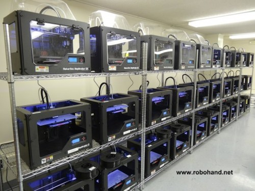 Makerbot_Print_Farm_Robohand_1