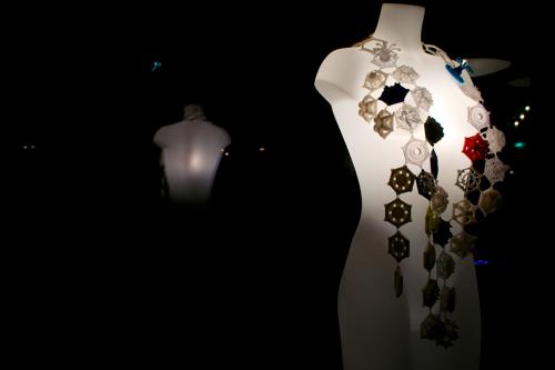 Anouk_Wipprecht_Dress 2