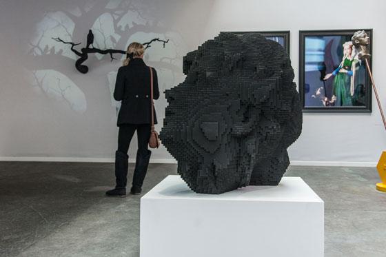 Ausgestellte Skulptur im MIS von Janus, Miguel Chevalier