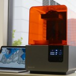 Form 2 Angle 150x150 - Form 2: Formlabs kündigt zweite Generation des SLA Desktop 3D-Druckers an