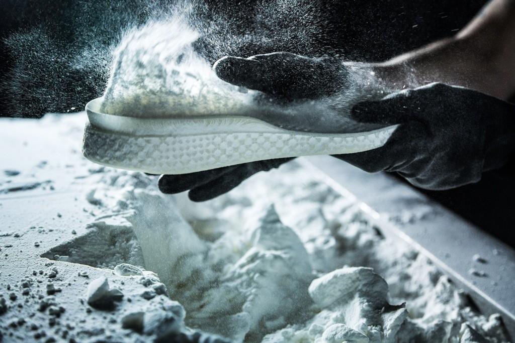 Druck Schuhe News 3D und Hintergründe auf pMzSUV