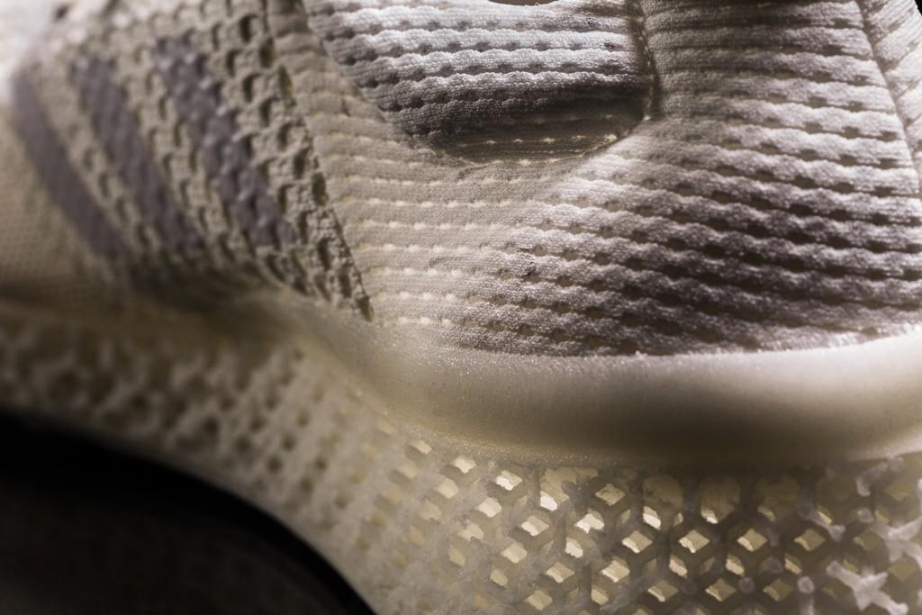 Materialise Sportschuhe 3D gedruckter mit stellen Adidas und mnPvN8Oy0w