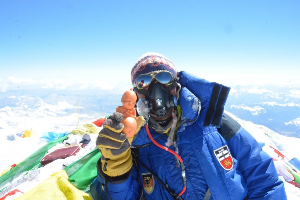 Everest-mit-3D-Druck-Kunstwerk1-1024x683