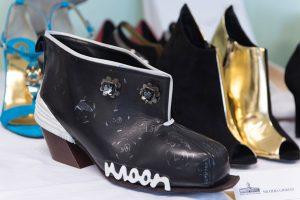 shoe made by using the new techniques 300x200 - Modernste Technik der Schuherstellung: Neue Produktentwicklungsmöglichkeiten mit dem German RapRap X400 3D Drucker