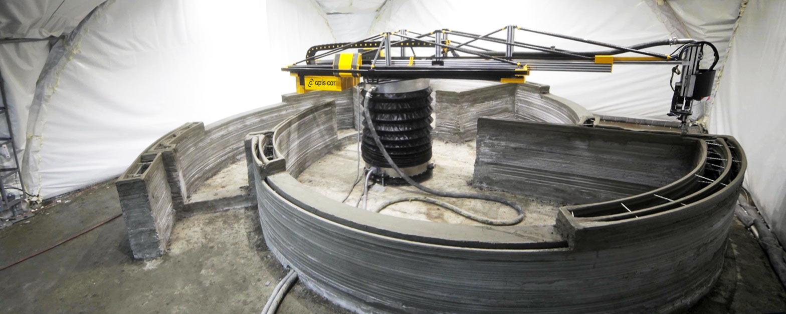 Der Russische Hersteller Apis Cor Zeigt Seine Variante Des Contour  Crafting, 3D Druck Von Beton Oder Anderen Bausubstanzen Für Häuser Und  Gebäude U2013 Ein ...