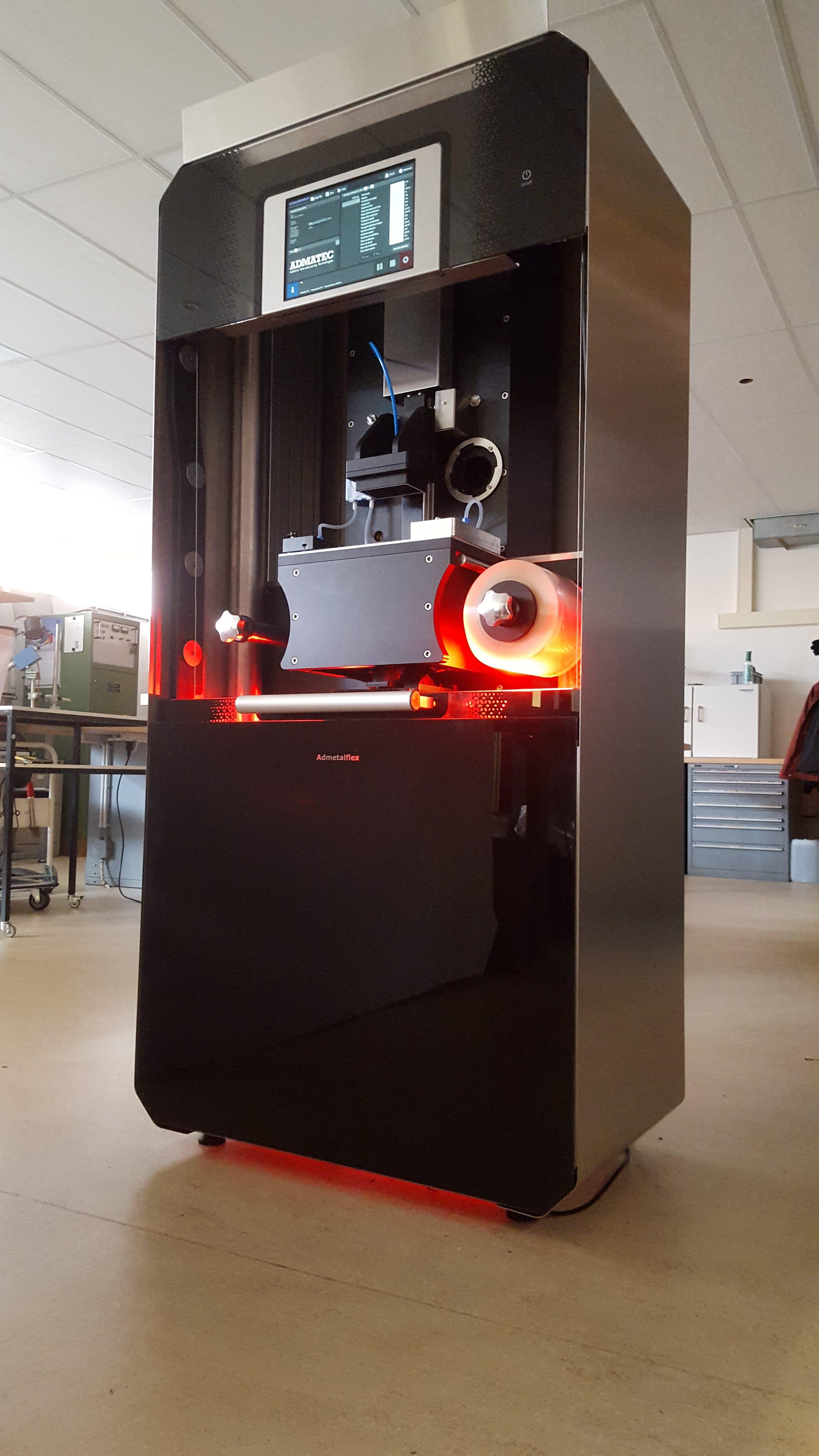 admetalflex 3d drucker admatec e1489476405161 - Admatec und ECN stellen ADMETALFLEX 130 3D-Drucker für Metall vor