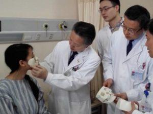 China Gesichtsrekonstruktion 3D Druck 300x225 - 3D-Gesichtsrekonstruktion in China - Frau erhält Nase und Mund