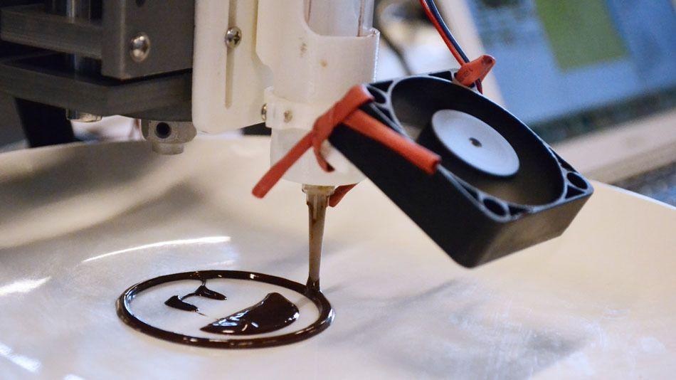 3D schokolade smiley - EdiPulse-System wandelt körperliche Aktivitäten in 3D-Druckschokolade um