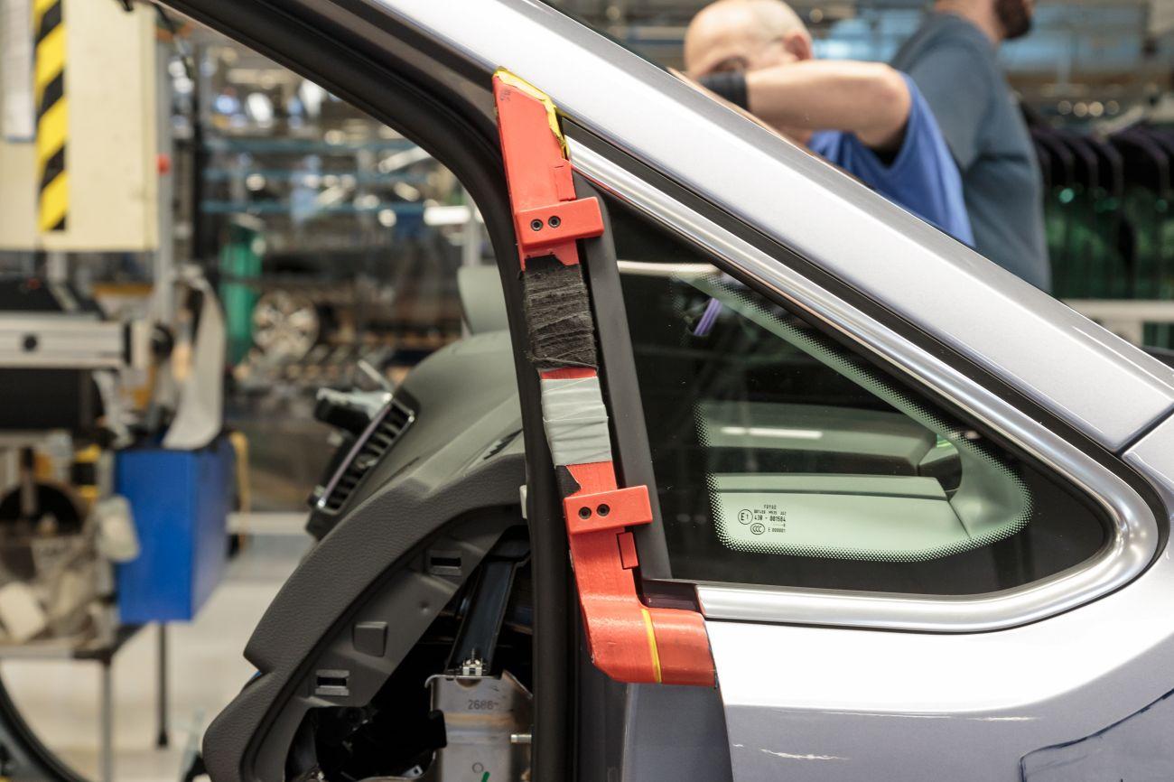 3D printed window gauge Volkswagen Autoeuropa  3d druck ultimaker - Volkswagen Autoeuropa setzt auf 3D-Druck bei Werkzeugherstellung für Montage