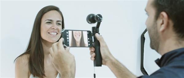 """DSD - """"Digital Smile Design""""-Software hilft anhand von 3D-Scanning & 3D-Druck bei Zahnkorrekturen"""