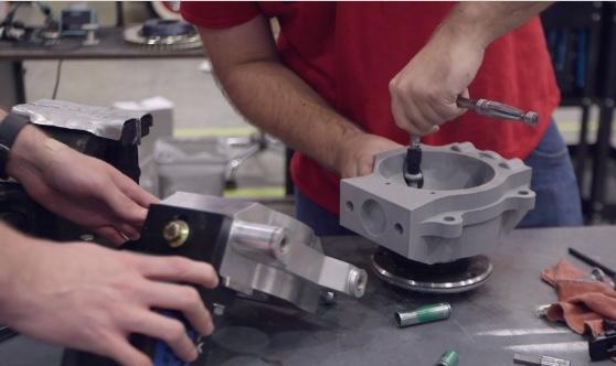 """localmotors 3d druck prototyping - Local Motors setzt MakerBot 3D-Drucker für Entwicklung von autonomen Bus """"Olli"""" ein"""