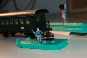 H0 Sitzbank 300x200 - 3D-gedruckte Modellbahn: Vision oder Illusion?
