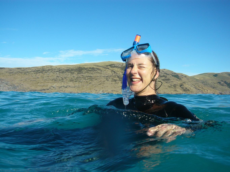 FounderMarijkeSjollema - The Dolphin Swim Club präsentiert 3D-gedruckte VR-Brille für Delfin-Therapien