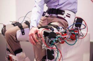 01 Artec 3D MIRAD Exoskelett mit Antrieb 300x199 - 3D-Scanner Artec unterstützt die Entwicklung ergonomischer Exoskelette