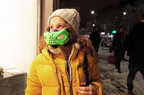 """Anti Verschmutzungsmaske sinterit Bartlomiej gaczorek brifo2 - Sinterit entwickelt in Kooperation mit 3D-Designer Anti-Verschmutzungsmaske """"brifo"""" für Kinder"""