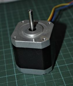 3Druck DIY LCD SLA Schittmotor 252x300 - Bauanleitung: SLA-LCD 3D-Drucker selber konstruieren - Teil 2