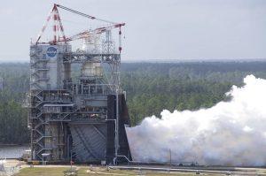 nasa rs25 test 300x199 - NASA hat teilweise 3D-gedrucktes RS-25 Raketentriebwerk getestet