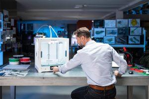 ultimaker s5 3d drucker 3d printer1 300x200 - Ultimaker präsentiert S5 Desktop 3D-Drucker mit großem Bauraum