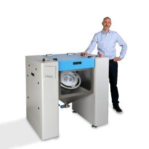 AT200 300x300 - Neue kompakte Reinigungskabine SFM-AT200 von Solukon