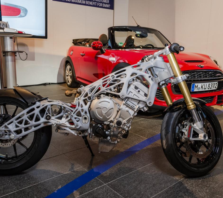 BMW stellt 3D-gedruckten Motorradrahmen vor - 3Druck.com