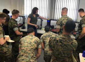 Lolzbot in Kuwait Training 300x220 - Intensives 3D-Druck-Training für US Marines