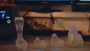 3d gedruckte orthese formlabs 300x169 - 7-jähriger mit zerebraler Kinderlähmung lernt dank 3D-Druck laufen