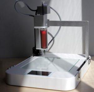 """Neuer 3D Drucker verarbeitet hässliches Essen salad 2 0 300x295 - Lebensmittelverschwendung: Neuer 3D-Drucker verarbeitet """"hässliches"""" Essen"""