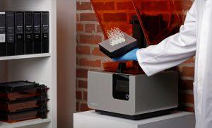 Reliquary parts 3D printed Formlabs Form 2 1 300x181 - Mit 3D-Druck-Techniken Kunstwerke restaurieren