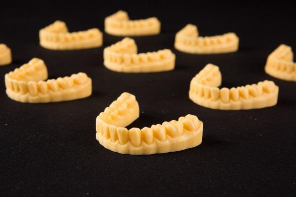 ClearCaps baut DentaForm 3D Drucker Flotte aus1 - ClearCaps baut DentaForm 3D-Drucker-Flotte aus