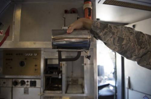 Hei%C3%9Fe Tasse 2 e1530767329980 - Die U.S Air Force könnte tausende Dollar durch 3D-gedruckten Griff sparen