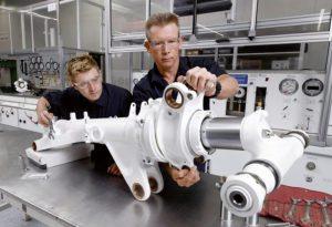 Laser Metal Deposition Technologie zur Herstellung von Stahl Titankomponenten für Flugzeuge 300x205 - LMD-Technologie zur Herstellung von Stahl- & Titankomponenten für Australische Airforce