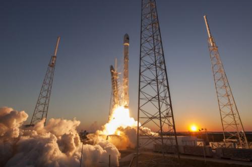 Telstar Start e1532502420222 - SpaceX startet 3D gedruckten Satelliten