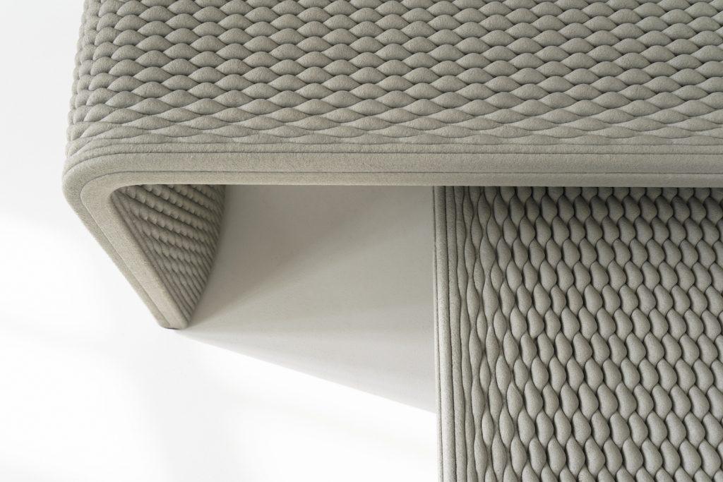 nachhaltige Beton Sitzb%C3%A4nke aus dem 3D Drucker4 1024x683 - Nachhaltige Beton-Sitzbänke aus dem 3D-Drucker