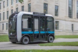 olli bus ausgeliefert 300x200 - Der selbstfahrende Bus Olli wird an die University at Buffalo ausgeliefert