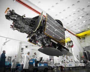 Telstar18 Vantage Satellit 300x240 - Neue Punktstrahlantennen erhöhen die Bandbreite der Kommunikationssatelliten