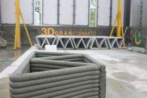 beton 3d drucker 300x200 - Hausbau frisch aus dem Drucker