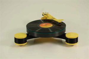 lenco kickstar first 3d printed record player 1 300x200 - Lenco-MD: Erster modularer 3D-gedruckter Plattenspieler