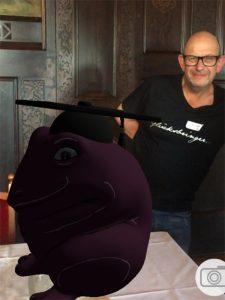 stefan seeger dr frosch 225x300 - 3D-gedruckter Kochfrosch von Stefan Seeger geht an Sternekoch Johann Lafer