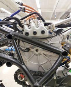 3.motor housing proto Al from solid LOWRES 243x300 - Die Technologien der CRP Meccanica und CRP Technology im Dienst  des ersten italienischen Elektro-Sportmotorrads