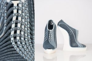 3D gedruckte gewebte Schuhe 300x200 - Stratasys stellt neue 3D-bedruckte gewebte Schuhe vor, die von Ganit Goldstein entworfen wurden