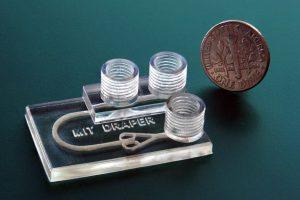 3D gedrucktes Mikrofluidik Gerät Medikamententest Tumorgewebe 300x200 - 3D-gedrucktes Gerät testet schnell Medikamente an Tumorgewebe