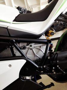 4.motor housing proto AL Proto0 LOWRES 225x300 - Die Technologien der CRP Meccanica und CRP Technology im Dienst  des ersten italienischen Elektro-Sportmotorrads